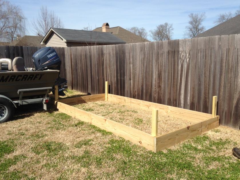 DIY Vegetable Garden | DIYstinctlyMade.com