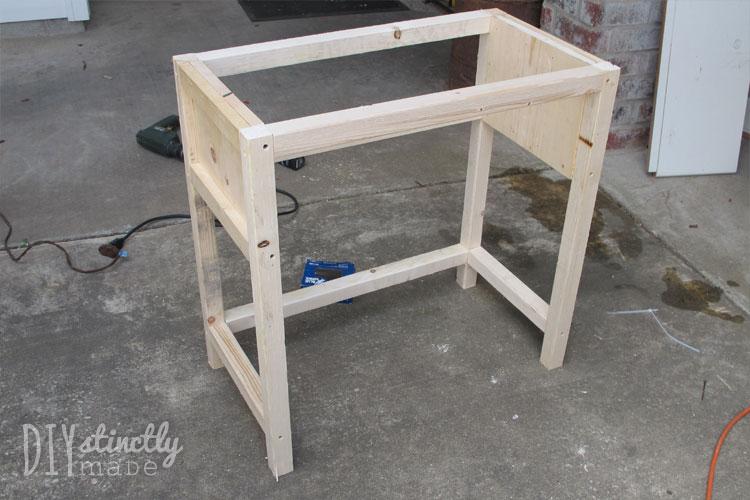 DIY Farmhouse Bedside Table   DIYstinctlyMade.com