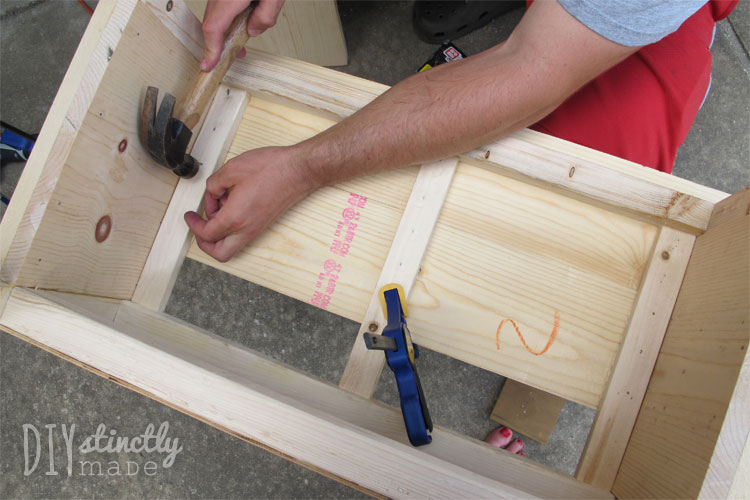 DIY Farmhouse Bedside Tables | DIYstinctlyMade.com