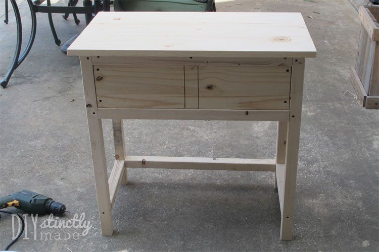 DIY Farmhouse Bedside Table | DIYstinctlyMade.com