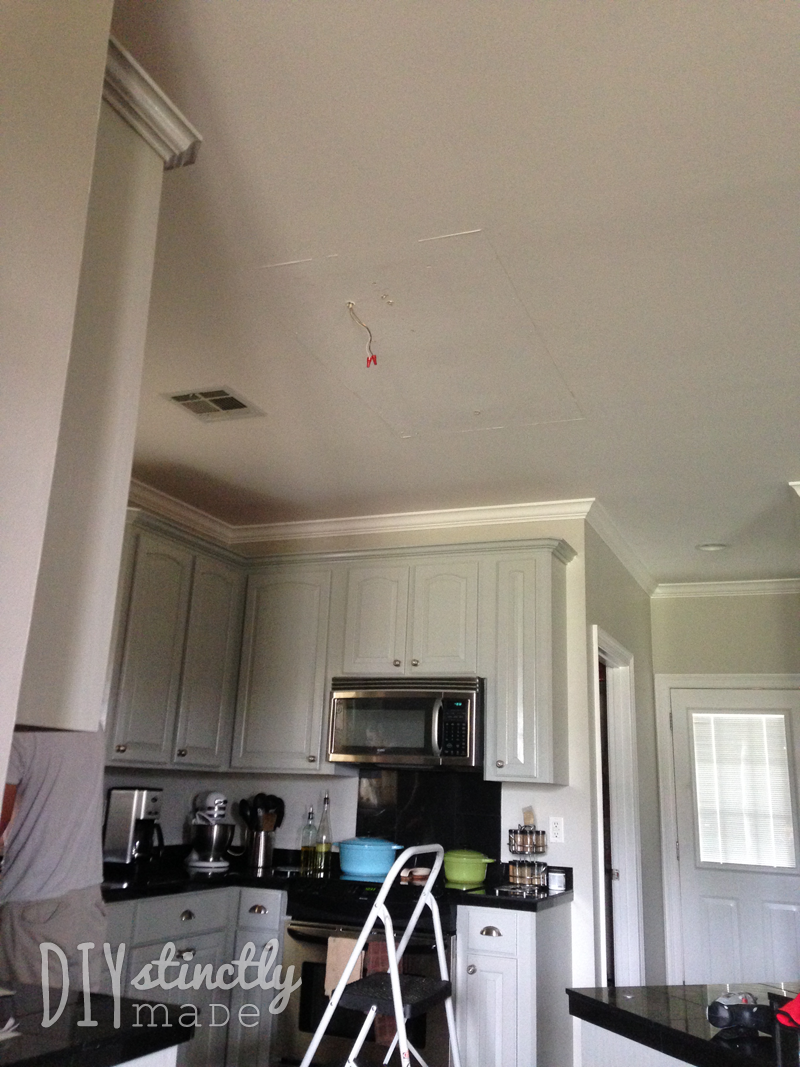 Under Cabinet Plug Mold Recessed Under Cabinet Lighting Diystinctly Made
