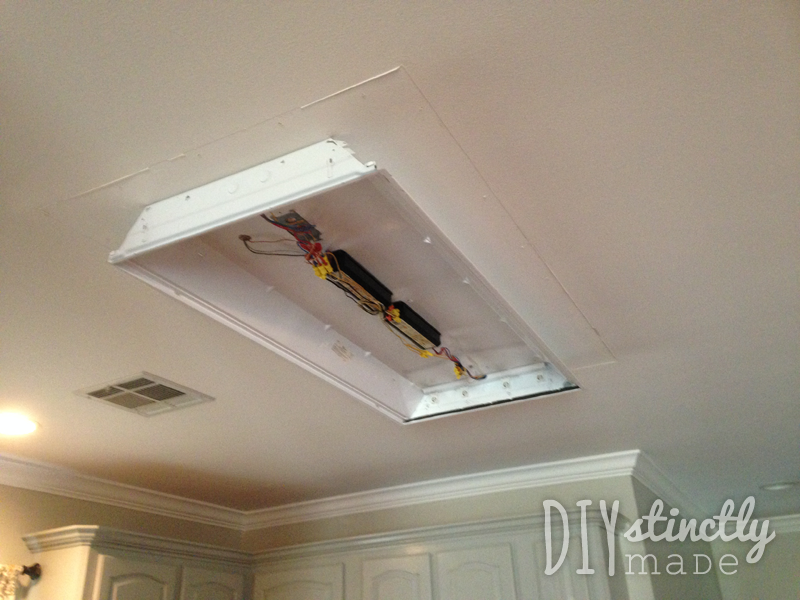 Recessed U0026 Under Cabinet Lighting | DIYstinctlyMade.com