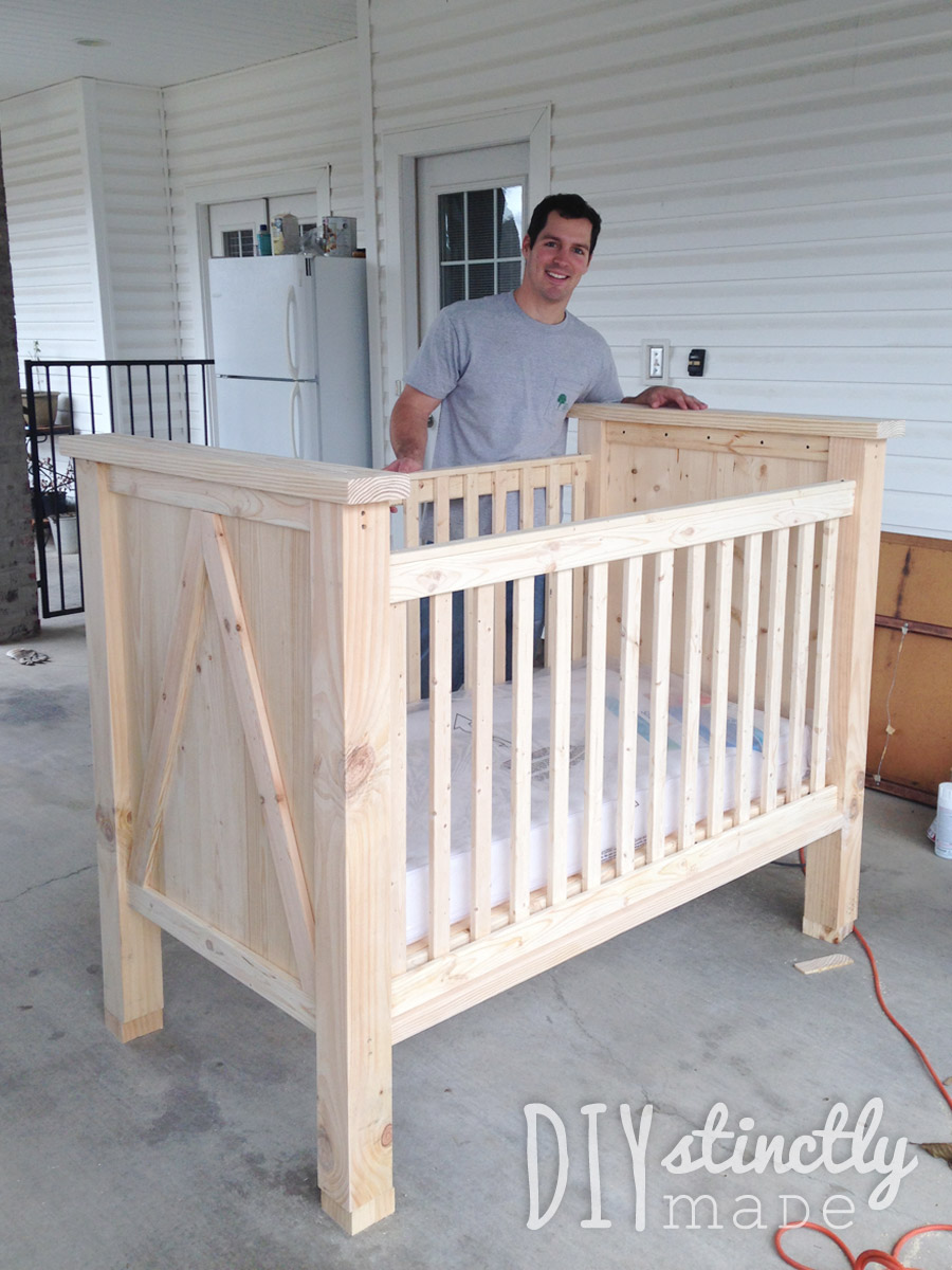 Wooden crib for babies - Diy Crib Diystinctlymade Com