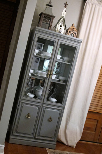 Painted China Hutch | DIYstinctlyMade.com
