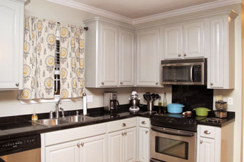 Painted Kitchen Cabinets | DIYstinctlyMade.com