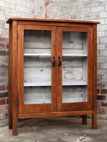 Guest Blog: Nursery Bookshelf | DIYstinctlyMade.com